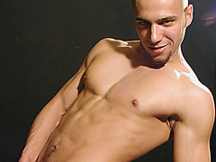 Alec (Pawel Jezo)