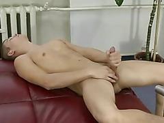 Athletic Twink Cocksucking