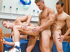 Landon Conrad Fuck Around With Twins Luca And Liam Rosso
