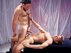 Jason Andrews, Les Stine