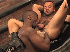 Fistpack 28  Fist Hole – Raging Stallion
